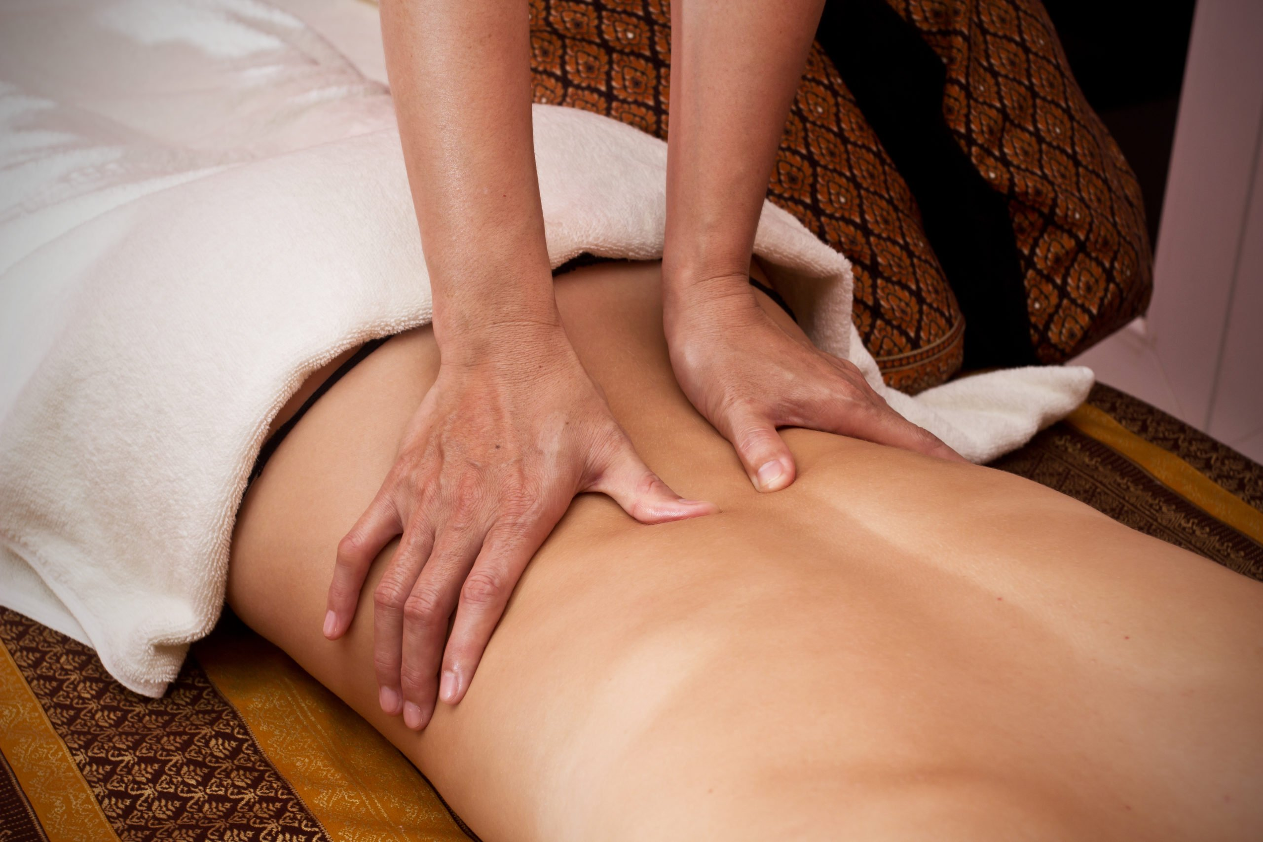woman having a Swedish massage